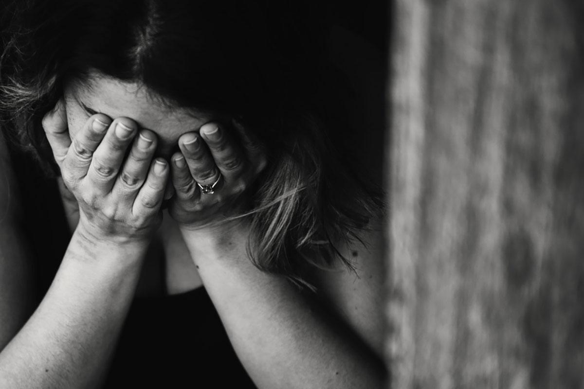 Miért fontos beszélni a gyász öt szakaszáról?
