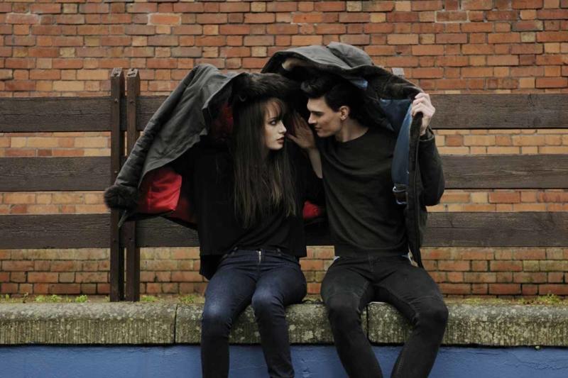 """,,A szerelem nem néz audiogramot, se fület, semmit."""" - halló srác és hallássérült lány randizik"""