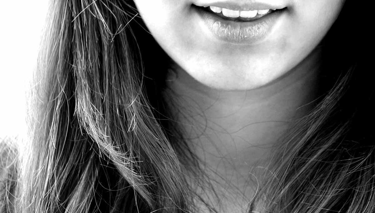 Az 5 legbizarrabb dolog, ami megtörtént veled, ha szájról olvasol
