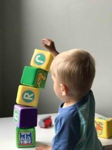 9 könyv, ami segít a hallássérült gyermek beszédfejlesztésében