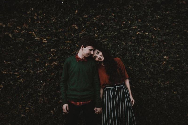 Hallássérült ember csak hallássérült emberrel lehet boldog párkapcsolatban?