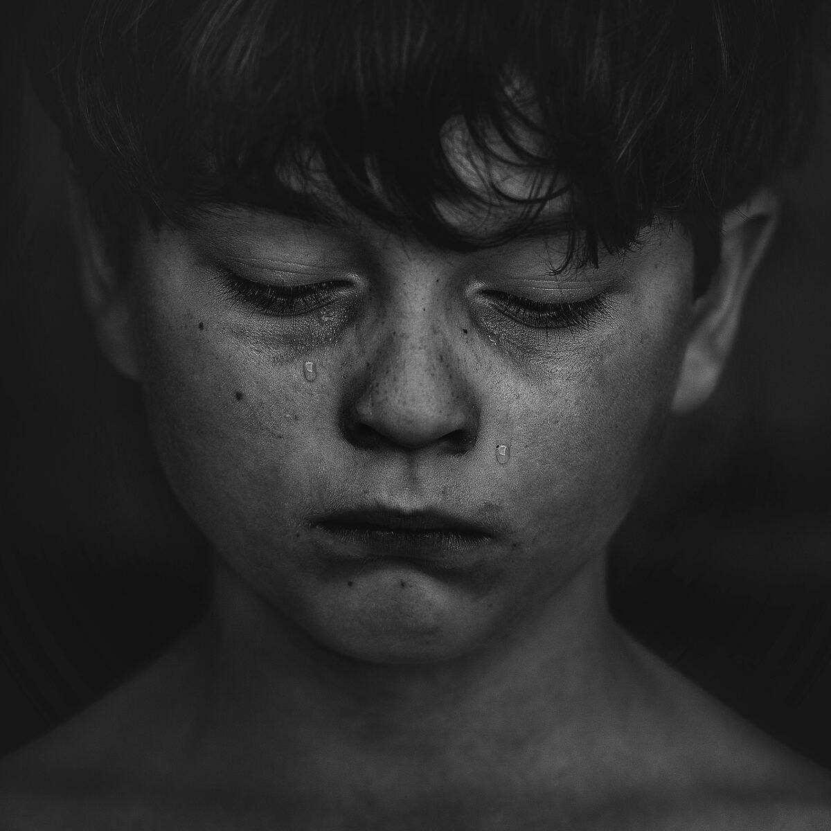 Segítség, mit tehetek a hallássérült gyermekemet érintő kiközösítés ellen?