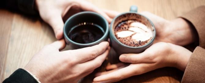 6 tipp, hogy hallóként tökéletes legyen az első randid a hallássérült szívszerelmeddel!
