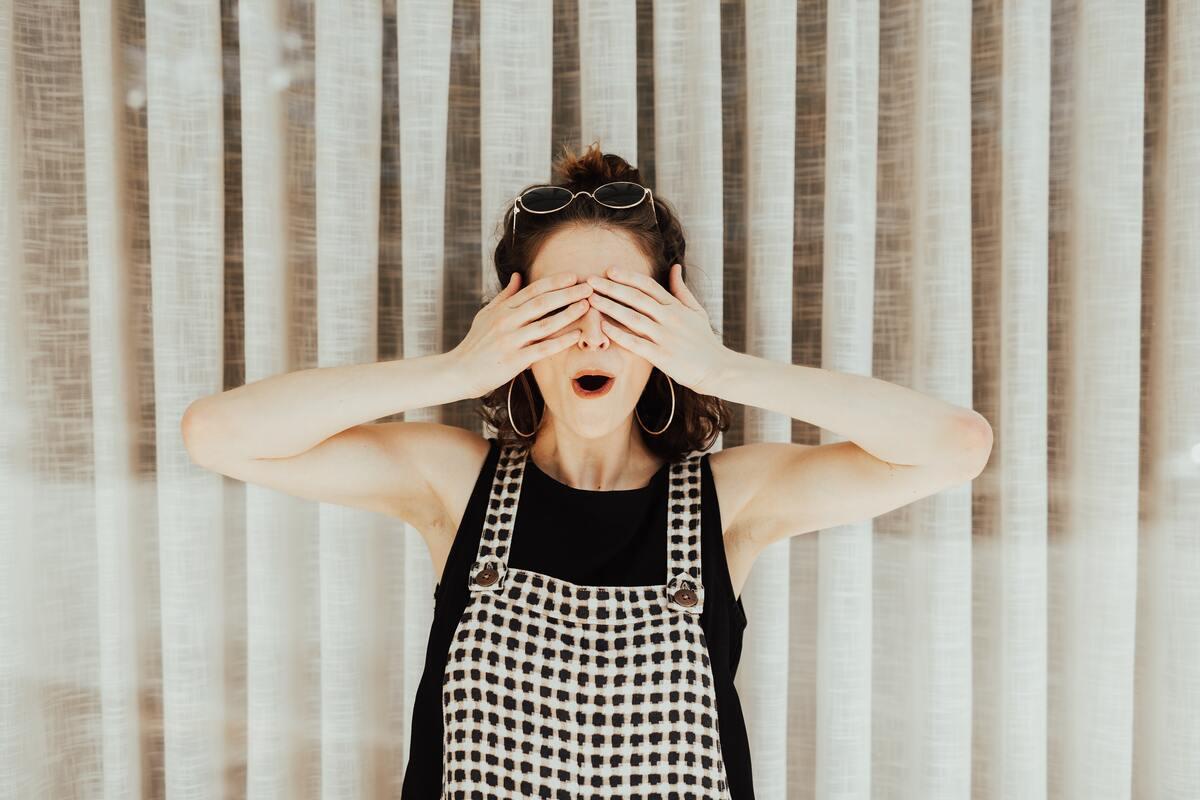 Hogyan kérdezd meg valakitől jól, hogy hallássérült-e?
