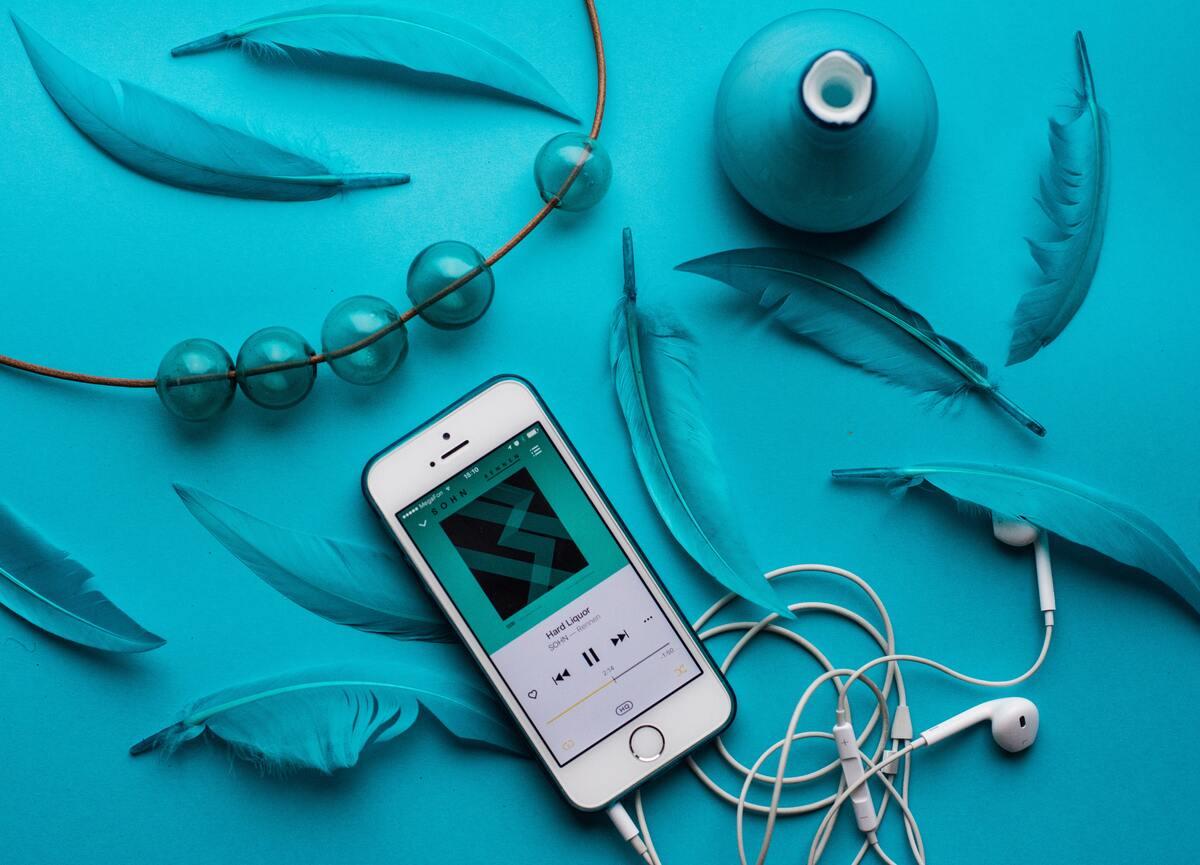 Hallgass zenét okosan! - hallásvédő tippek, ami nem csak a füldugó használata