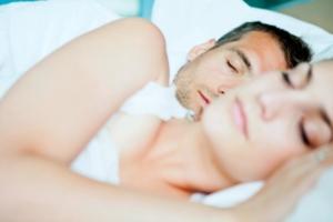 Nehéz az ébredés? Íme a legjobb hallássérült ébresztőóra fajták