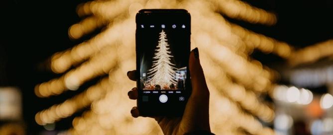 Karácsony a szeretteidtől távol - így kommunikálhatsz velük jobban a Covid korlátozás alatt