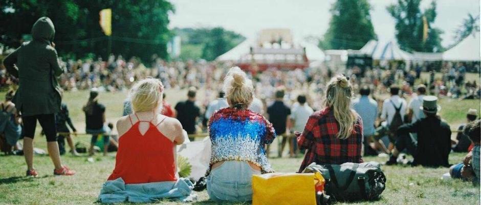 Így védd a hallásodat a fesztivál koncertek alatt!