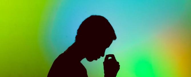 6 jel, hogy rossz hallókészülék van a füleden